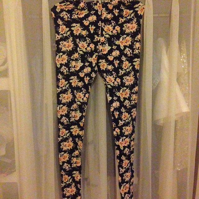 SALE!!!Flower Leggings H&M