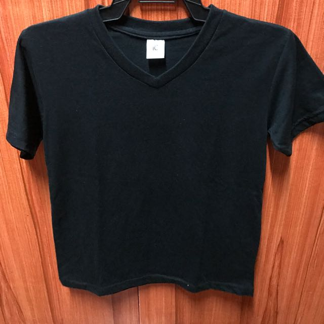 ideal collection plain black tee