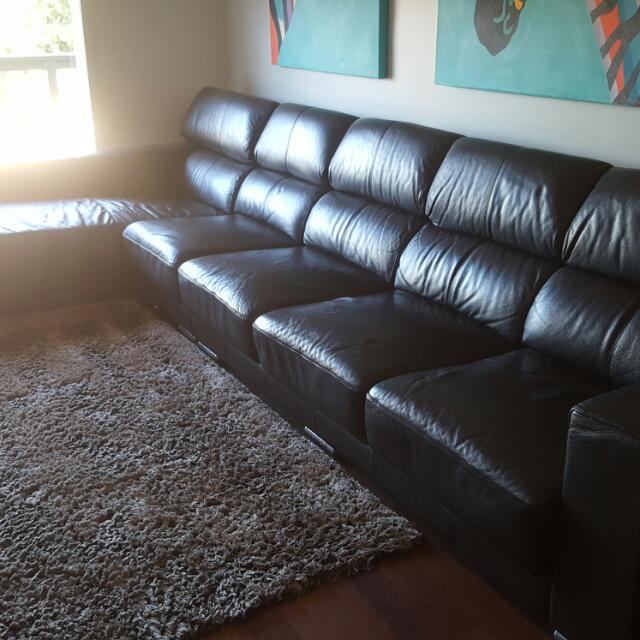 Italian Leather Lounge Suite