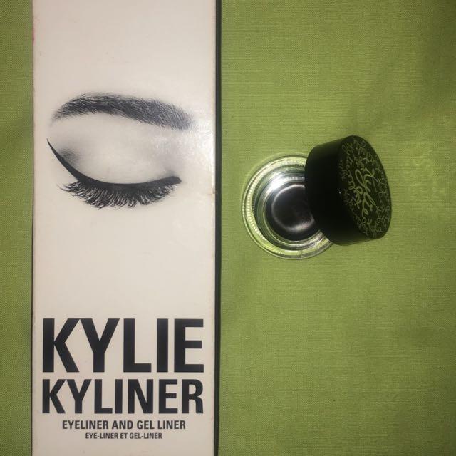"""Kylie Jenner """"Kyliner"""""""