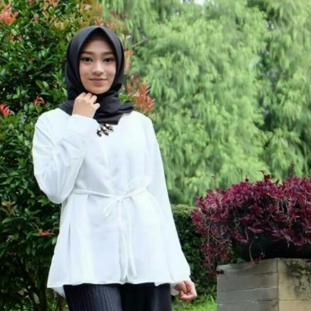 Linzy Top White