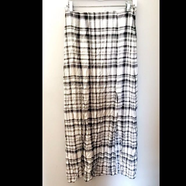 Long Plaid Skirt With Slits On Each Side