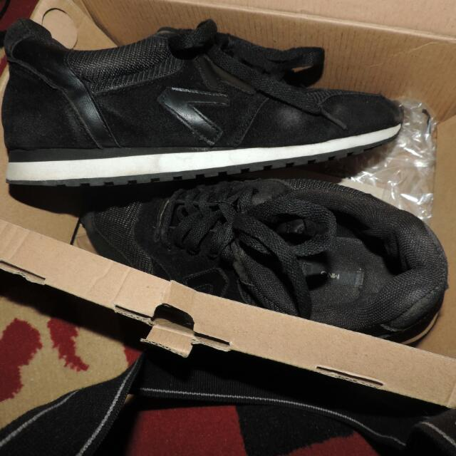 MANGO Sneakers ori jual Rugi(Freeongkir)