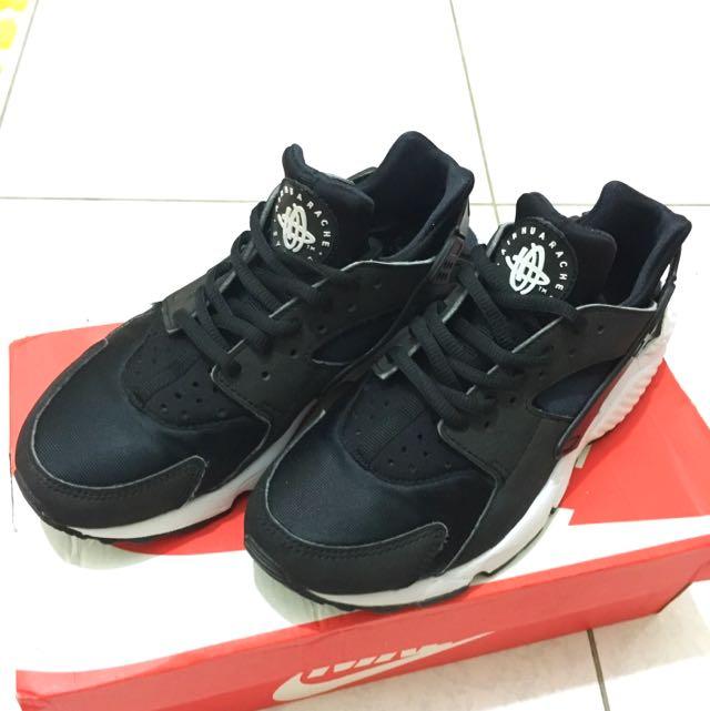 求售🙇🏻Nike Air Huarache 黑白武士鞋💕二手