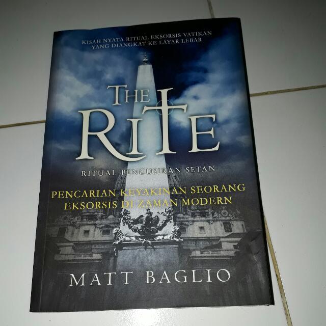 Novel Matt Baglio