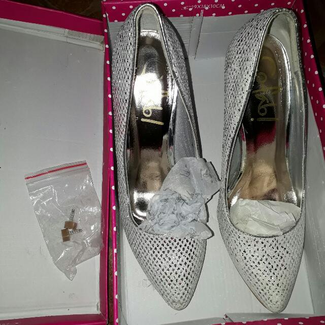 So Fab Glittered Heels Shoe