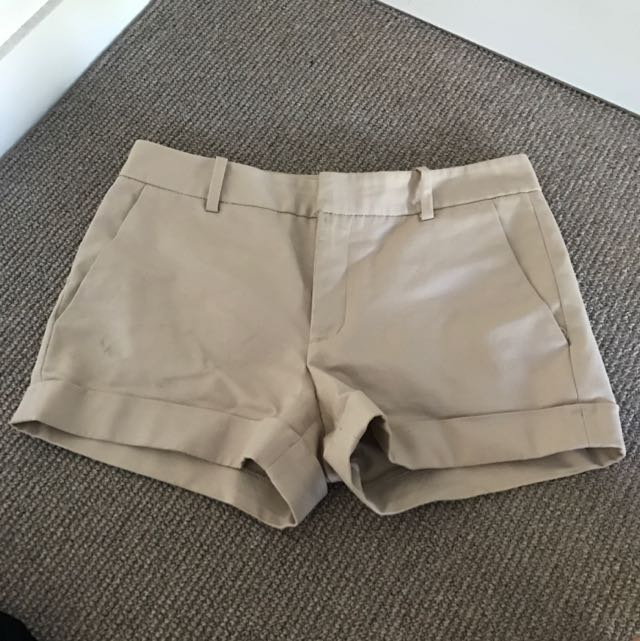 Zara Beige/nude Tailored Shorts Size M