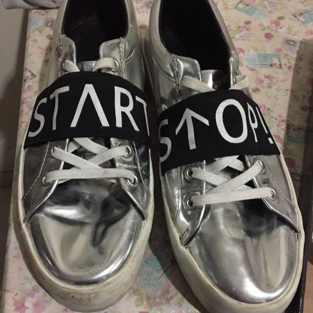 Zara Metalic Sneaker