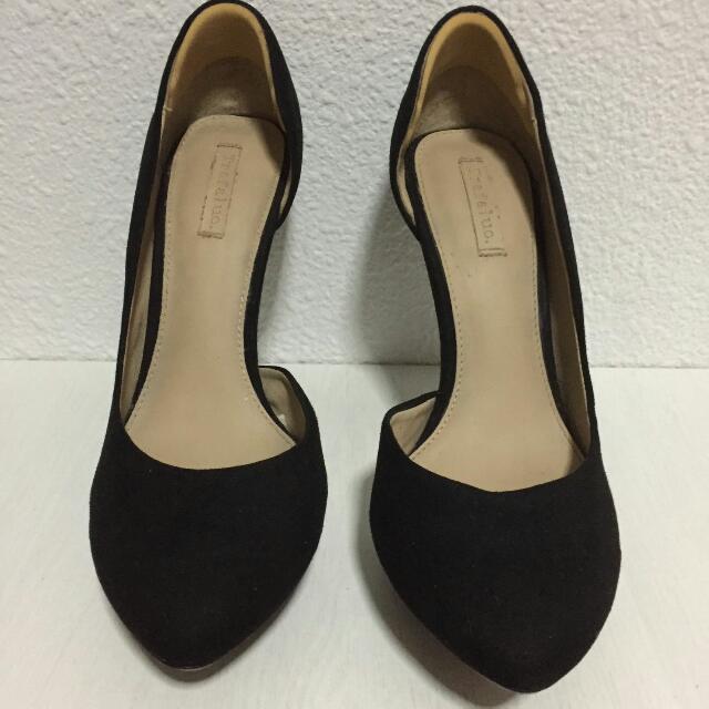 5f4d6aef8c0 Zara Trafaluc Velvet Heels Size 37