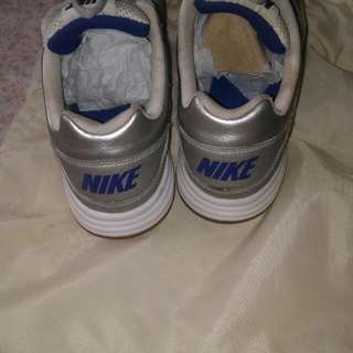 Nike Silver And Blue Gum Sole Shoes 7.5 US