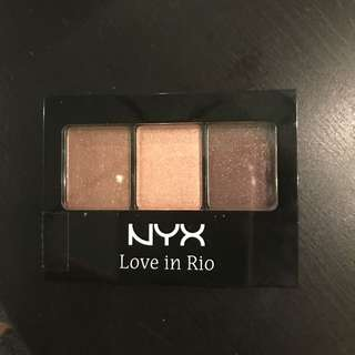NYX: 3 Color Shadow Pallette