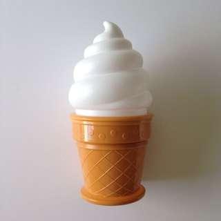 Ice Cream Light 🍦