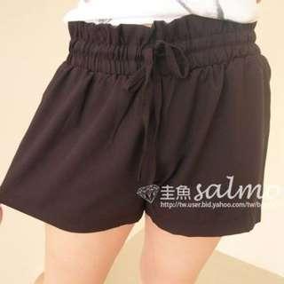 @夏天到了-轉賣圭魚鬆緊黑色休閒短褲 二手#短褲