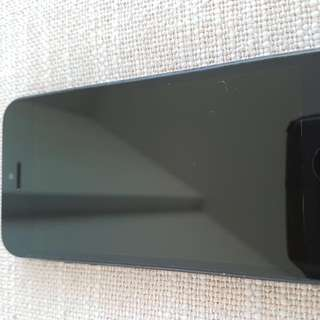 IPhone 5 16gb Perfect Condition @ 250$