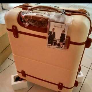 """Barry Smith Elegant  19"""" 4wheels Hardcase Luggage"""