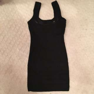 Le Chateau Body Con Mini Dress With Sequin Details Size S