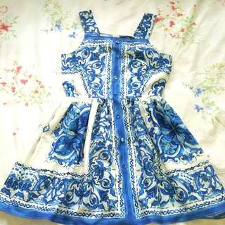 Mds Procelain Blue Dress