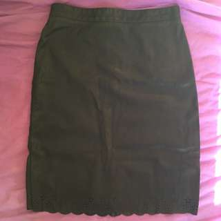 Dangerfield Size 6 Puleather Skirt