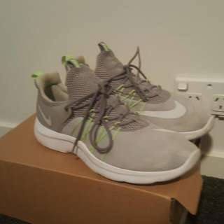 Nike Darwin BUY TWO PAIRS AND SAVE $10