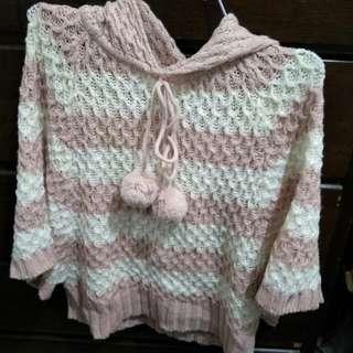 短版毛球雙色毛衣