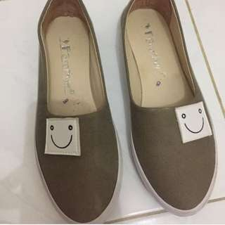 Flat Shoes Unik Smile