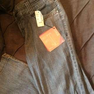 RW Size 28 Bootcut Light Denim Jeans