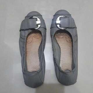 Diana 女鞋(灰色/24號)
