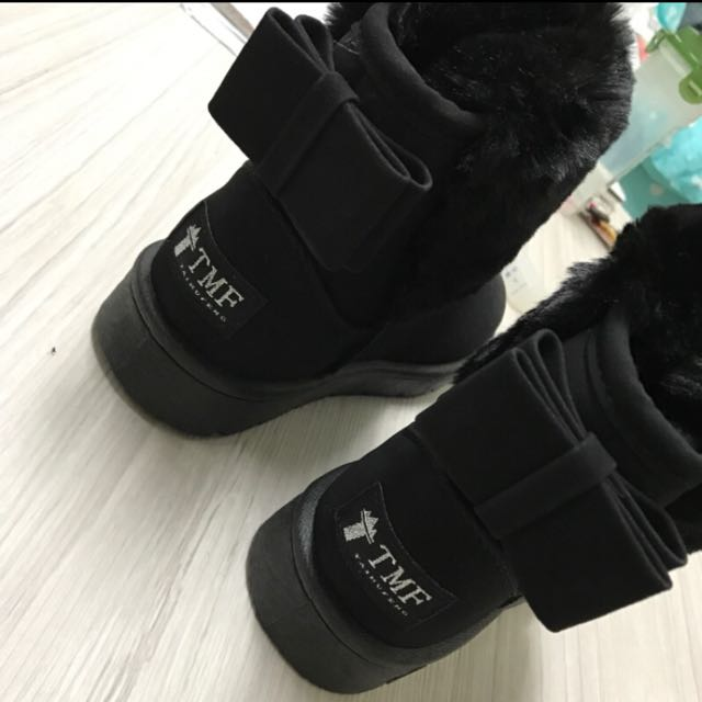 黑色蝴蝶結雪靴