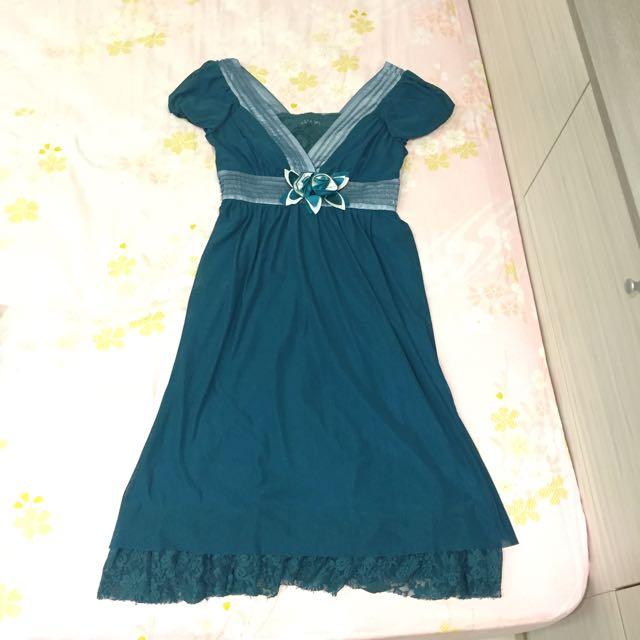 藍綠色玫瑰蕾絲長洋裝