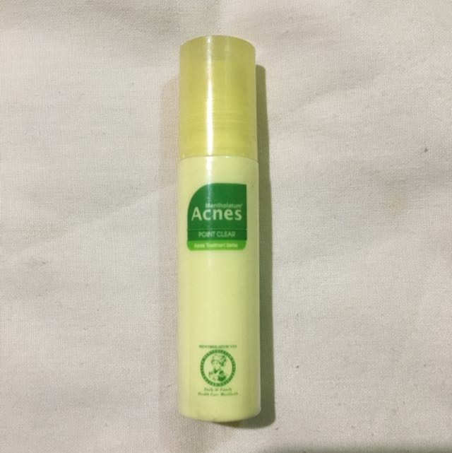 Acnes Point Clear Roll On