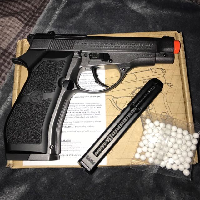 Airsoft Co2 Pistol