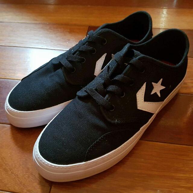Black Low Top Converse Sneakers