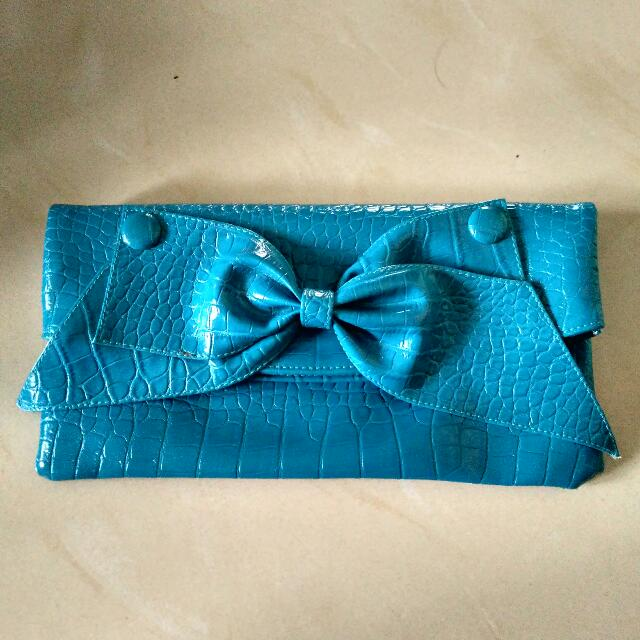 Blue Turquoise Bow Clutch