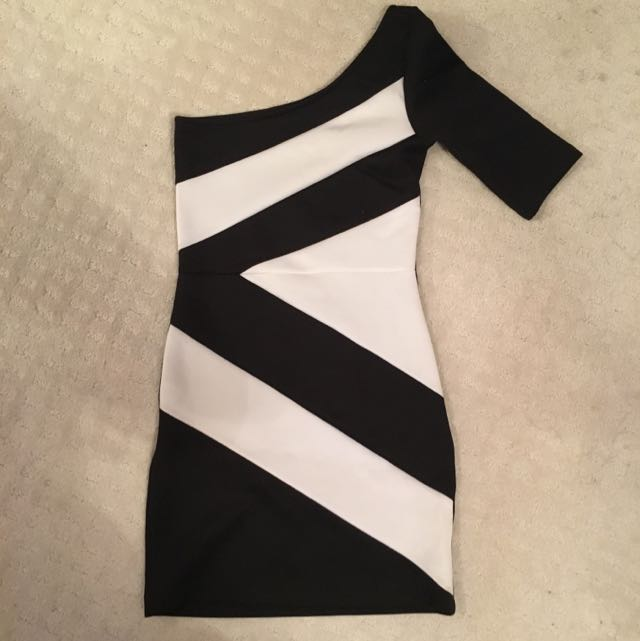 Body Con One Shoulder Dress Size S