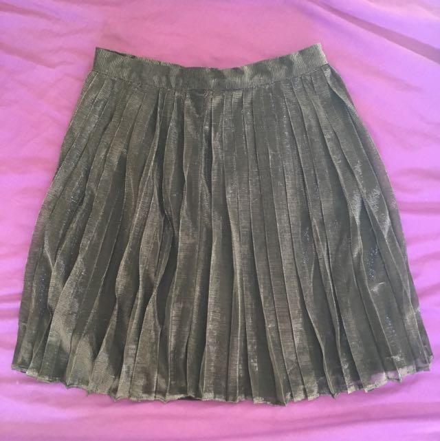 Cute Skater Pleat Ally Skirt 6 Metallic