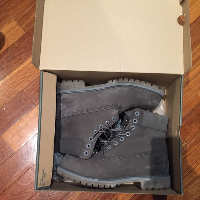 Grey Timberlands