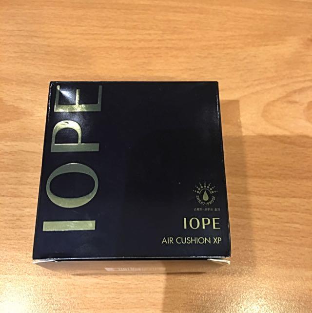 全新IOPE氣墊粉餅購於韓國(含一個補充包)