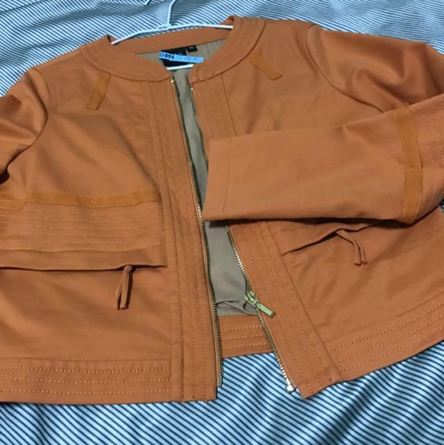 IROO橘色外套