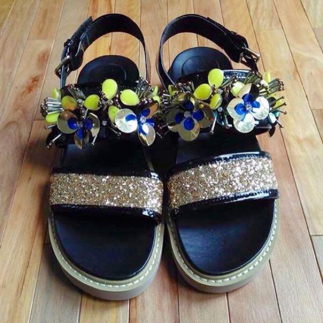 Mani fussbett Sandals Premium Quality