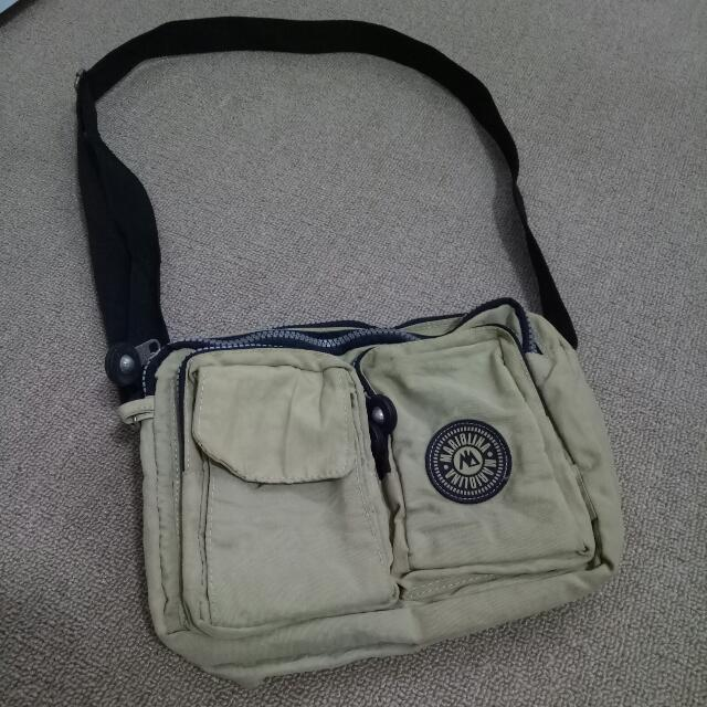 MARIOLINA BROWN SLING BAG