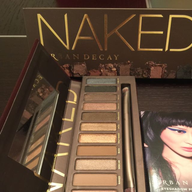 New And Authentic Naked 1 Eyeshadow Palette