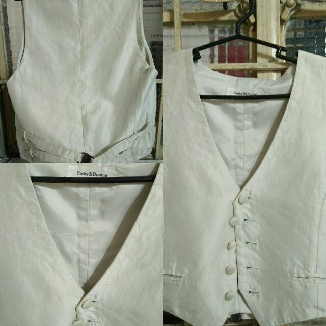 Pre-loved Vest