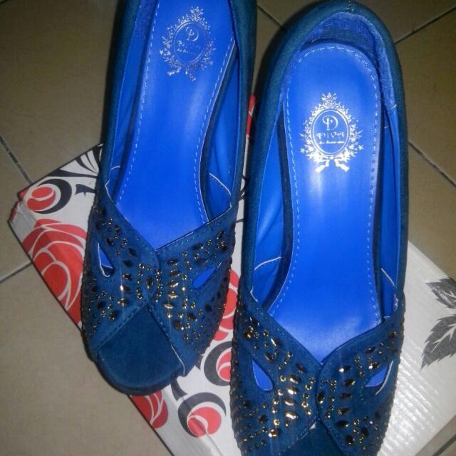 Sepatu Diva Size 40