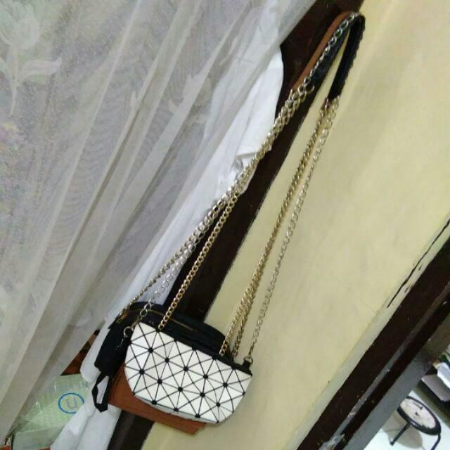 Sling Bag Bao Bao White