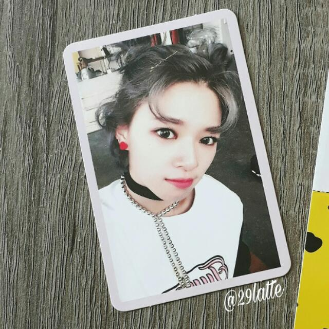 TWICE JEONGYEON PHOTOCARD