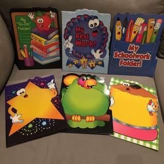 Bright & colorful paper folder by Teacher's Friend Publications