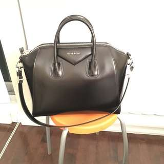Givenchy Antigona Medium Black Smooth Calf Leather