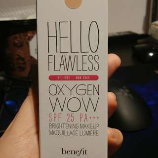 BN Benefit Hello Flawless Oxygen Wow Foundation