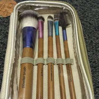 BNIB Icing 5pc Bamboo Brush Set