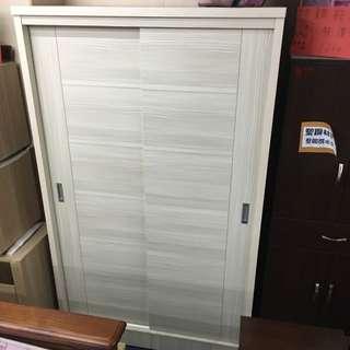 4x7衣櫃